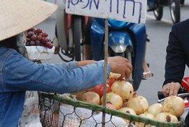 Trái cây độc vẫn tuồn vào Việt Nam