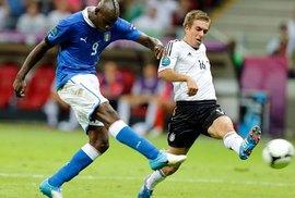 Ý xuất sắc vào chung kết gặp Tây Ban Nha