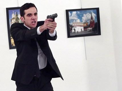 """Vụ ám sát Đại sứ Nga giống hệt """"quả bom"""" châm ngòi Thế chiến I"""