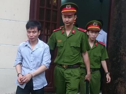 Xách vali bạn gái tặng, trai Lào lãnh án chung thân