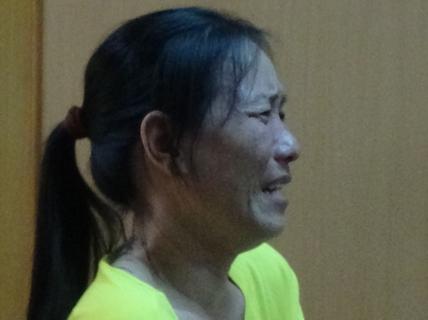 Người phụ nữ buôn ma túy gào khóc náo loạn vì sợ chết