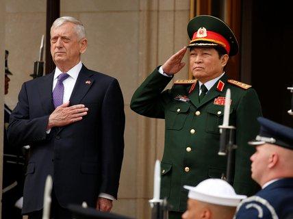 Việt Nam trao cho Mỹ hồ sơ mới về quân nhân Mỹ mất tích