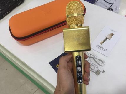"""Tậu """"mic vàng"""" hát karaoke Tết, coi chừng cháy nổ"""