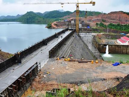Thủy điện thừa nhiều vẫn cứ xây thêm!
