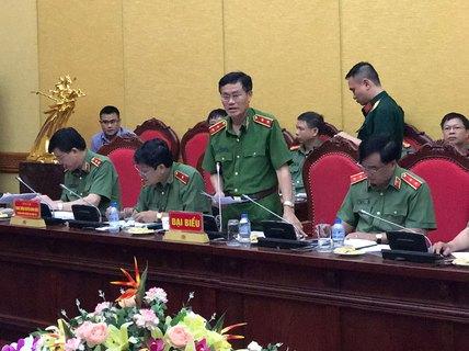 """Nhà báo Duy Phong bị """"tố"""" vòi tiền giám đốc sở"""