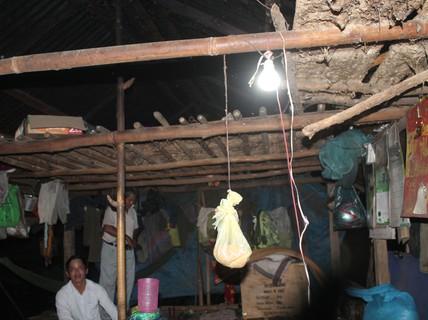 Khao khát có điện về làng