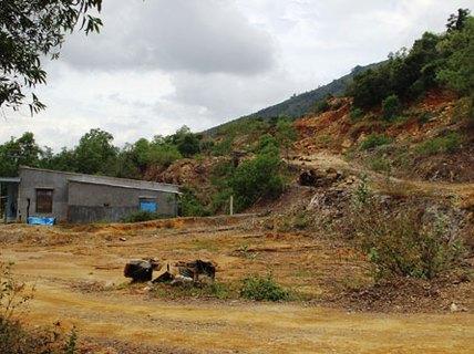 """""""Xẻ thịt"""" đồi núi Nha Trang"""