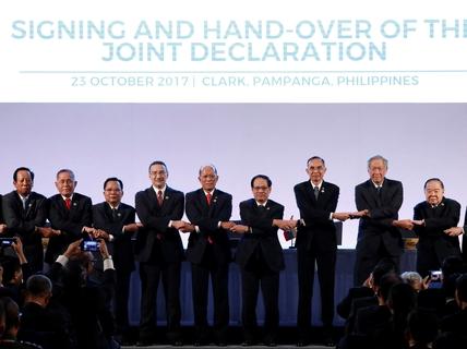 Hồi chuông cảnh tỉnh cho ASEAN