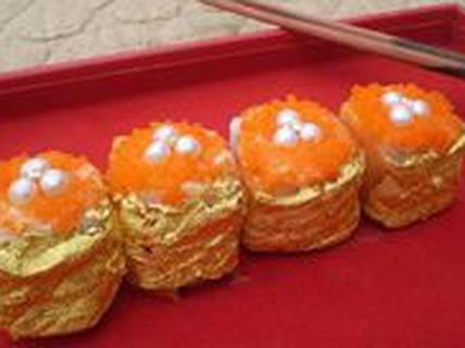 9 món ăn dát vàng dành cho hội con nhà giàu