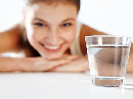 Uống nước: Thừa - thiếu đều nguy