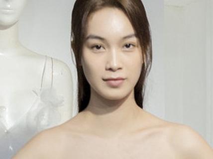 Trình diễn thời trang công nghệ trên phố đi bộ Nguyễn Huệ