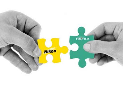 Chính phủ Nhật muốn Fujifilm 'giải cứu' Nikon