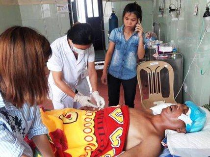 """Đưa từ bệnh viện về nhà lo hậu sự, người bị tai nạn bất ngờ """"sống lại"""""""