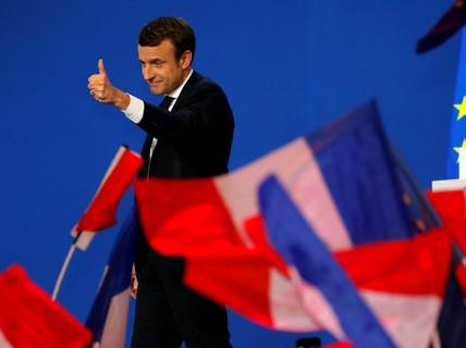 """""""Sóng thần dân túy"""" bị chặn tại Pháp?"""