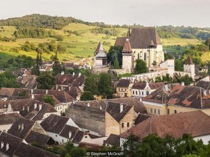 """""""Nhà tù"""" hàn gắn hôn nhân thời trung cổ: Bài học cho ngày nay?"""