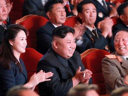 Cựu biệt kích SEAL hiến kế trị Triều Tiên, trút 25 triệu iPhone và phát wifi miễn phí