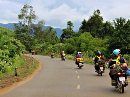 Cần chuẩn bị gì cho một chuyến phượt bằng xe máy?