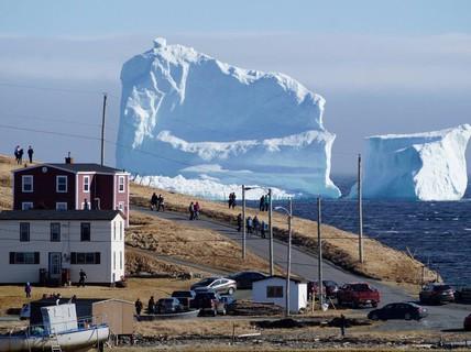 Thị trấn nổi tiếng nhờ... mùa băng trôi