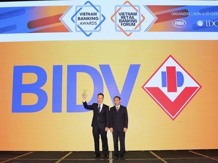"""BIDV xuất sắc nhận giải """"Ngân hàng bán lẻ tiêu biểu nhất"""""""