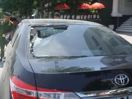 """Đập phá ô tô ở Đà Nẵng: Đáng sợ """"bệnh"""" sống ảo!"""
