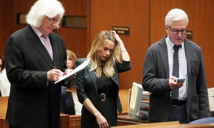 Người mẫu nhận án tù vì đăng ảnh khỏa thân lên mạng