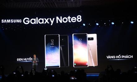 Galaxy Note8: Đối trọng với iPhone X