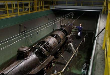 """Vụ """"tự sát"""" bí ẩn của tàu ngầm Mỹ"""