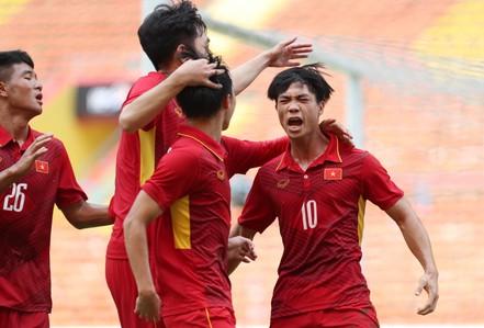 Công Phượng lập cú đúp, U22 Việt Nam đè bẹp Campuchia