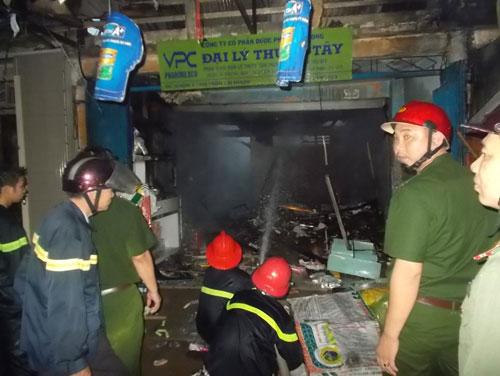 Vĩnh Long: Cháy chợ cái Nhum 1
