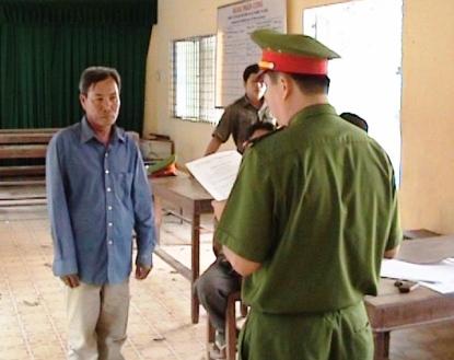 Lệnh thi hành bắt tạm giam Phạm Quốc Việt