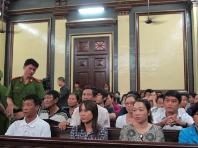 Các bị hại tại phiên tòa