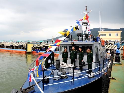 Tàu tuần tra ST 220-03 tại lễ bàn giao