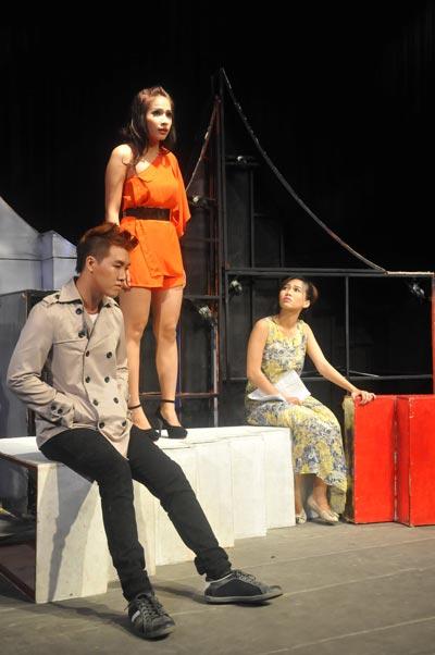 Tranh giải Mai Vàng 2013 - Vở diễn sân khấu: Nhạc kịch ghi điểm
