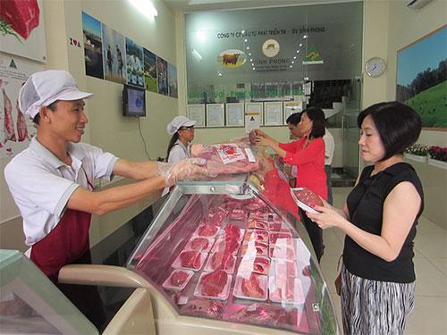 Cửa hàng bán thịt bò tươi Úc Đỉnh Phong tại số 97 Trần Quang Khải, phường Tân Định, quận 1, TP HCM