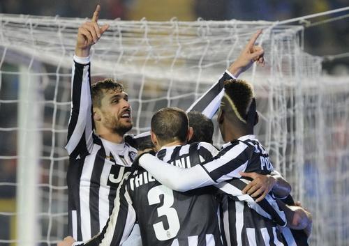 Juventus tiếp tục thống trị Serie A ở lượt đi
