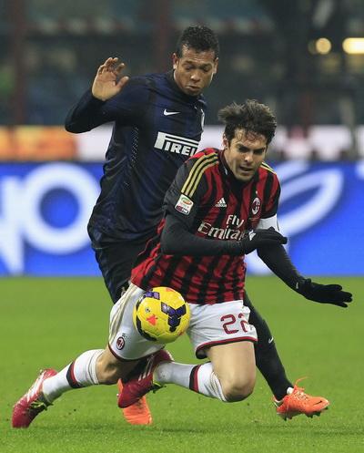 Không có đất diễn cho những nghệ sĩ sân cỏ như Kaka ở derby thành Milan
