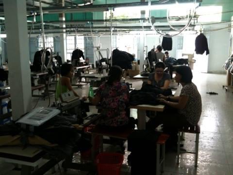 Công nhân tại Công ty TNHH may mặc Mai (quận Thủ Đức, TP HCM) tại thời điểm doanh nghiệp thông báo ngừng hoạt động