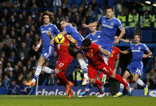 Tranh chấp quyết liệt tại Stamford Bridge