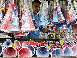 Philippines dự định xác lập kỷ lục thế giới về số người đông nhất tổi kèn cùng một lúc. Ảnh: GMA News