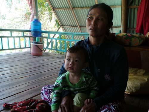 Chị Dung cho biết con cháu trong nhà chẳng có mâu thuẩn gì với cụ, cụ Cưng đi xin là vì thói quen và chẳng ai có thể giữ chân cụ ở nhà được vài ngày.