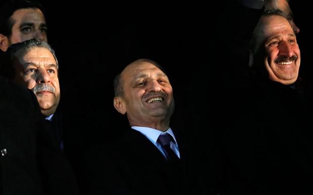 Các bộ trưởng đã từ chức: Muammer Guler, Erdogan Bayraktar và Zafer Caglayan (từ trái qua). Ảnh: REUTERS