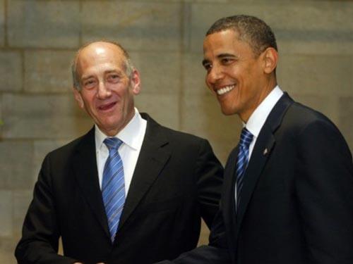 Tổng thống Mỹ Barack Obama (phải) và Thủ tướng Israel Ehud Olmert tại cuộc gặp ở Jerusalem năm 2008. Ảnh: Times of Israel