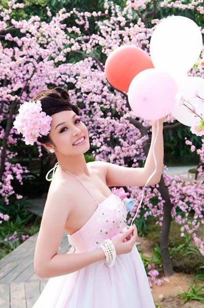 Diễn viên Nhật Kim Anh