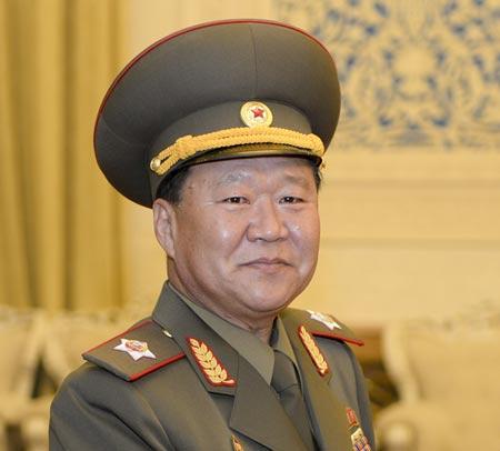 Cánh tay phải Choe Ryong-hae của lãnh đạo Triều Tiên dần vắng bóng trên chính trường. Ảnh: CNS