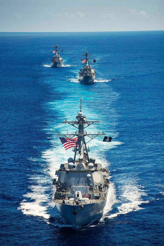 3 chiến hạm Mỹ tuần tra trên biển Đông. Ảnh Navy.mil
