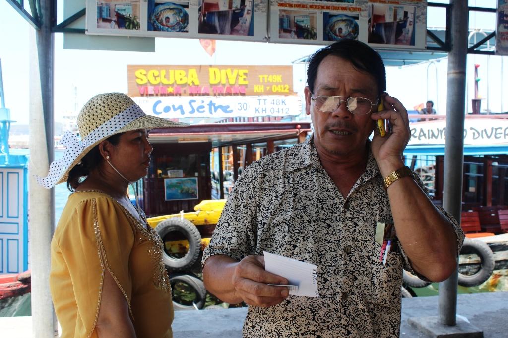 Ông Sáng đòi lại tiền nhưng chủ tàu biến mất rồi tắt điện thoại