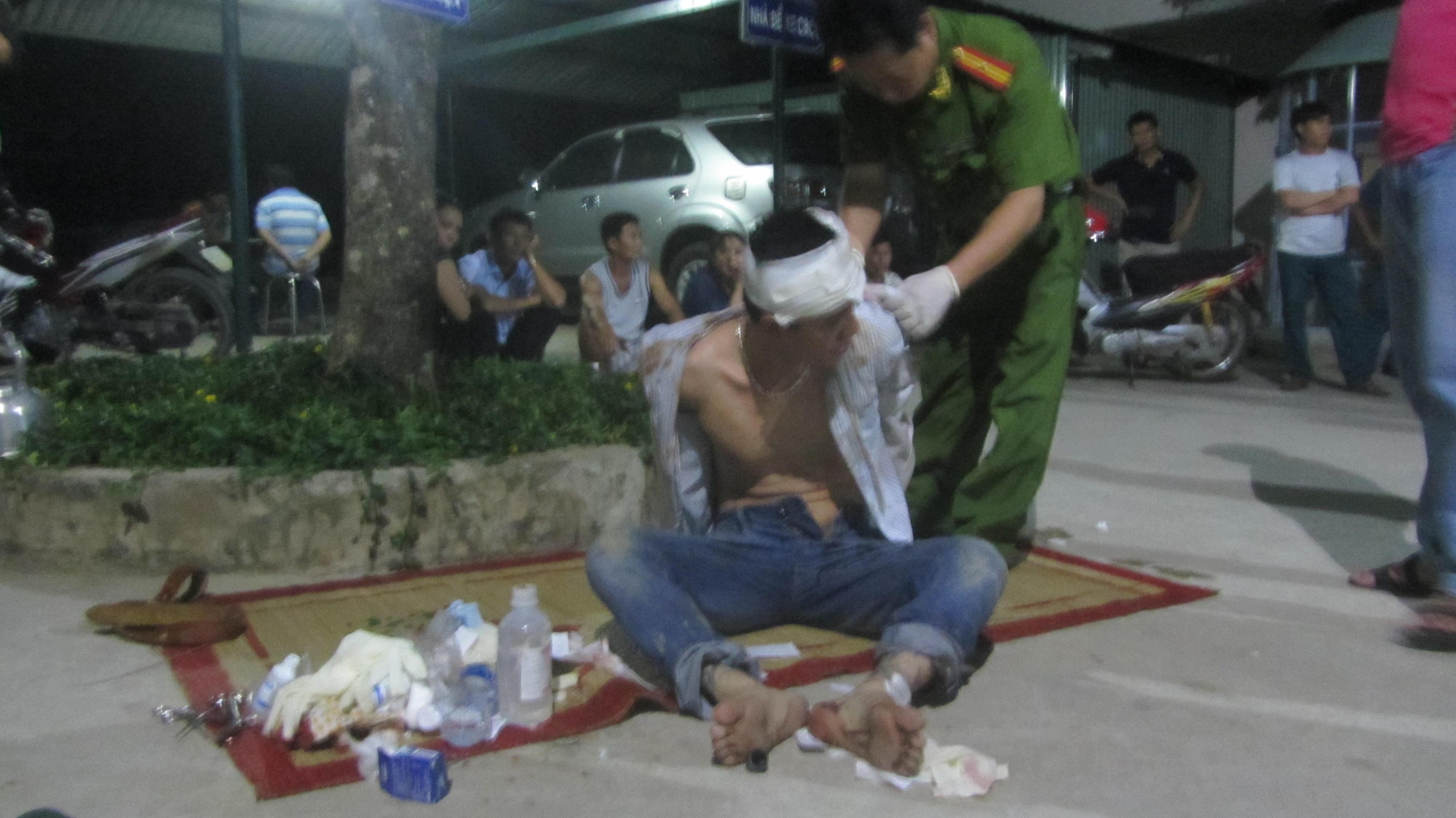 Nguyễn Quang Toàn dùng 4 khẩu súng chống lại lực lượng chức năng