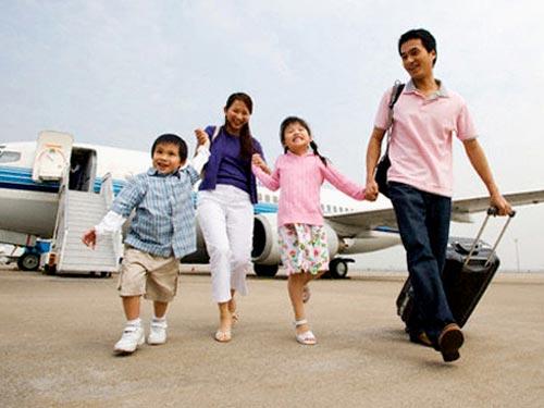 Đi du lịch ngày tếtlà chọn lựa của nhiều gia đình trẻ.