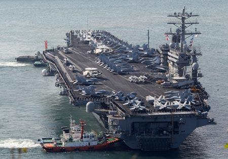 Tàu sân bay USS Nimitz tham gia tập trận ngày 18-11. Ảnh: Tân Hoa Xã