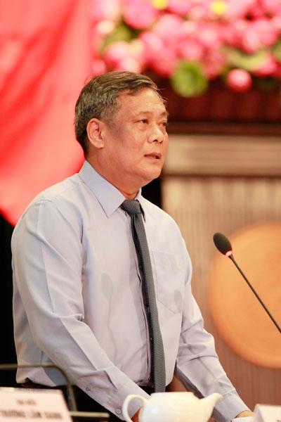 Giám đốc Sở GTVT Nguyễn Thành Chung nói lời xin lỗi người dân khi thông tin chưa đúng về nước sạch và chống ngập